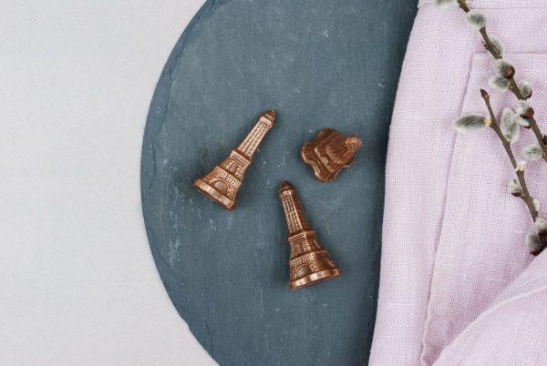 Schokoladenfigur Eiffelturm Paris Milchkuvertüre
