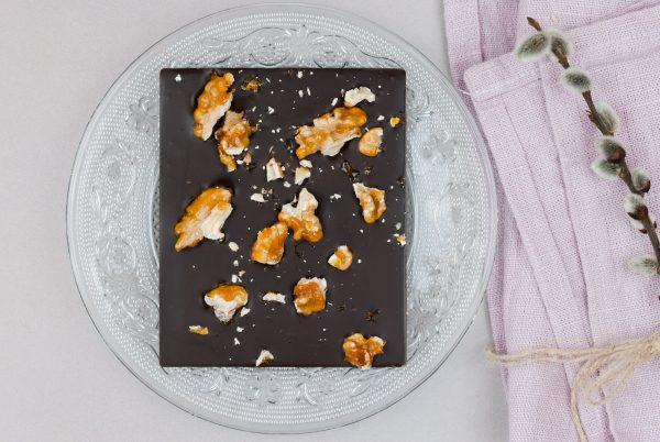 Bitterkuvertüre Walnuss Rosmarin Krokant Tafelschokolade