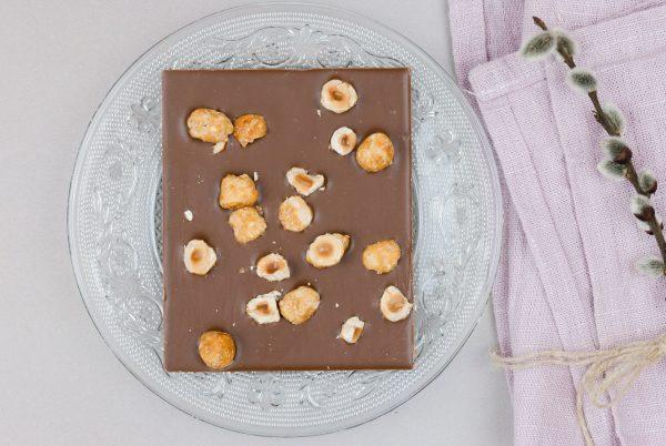 Milchkuvertüre Piemonteser Haselnuss karanelisiert Domori Tafelschokolade