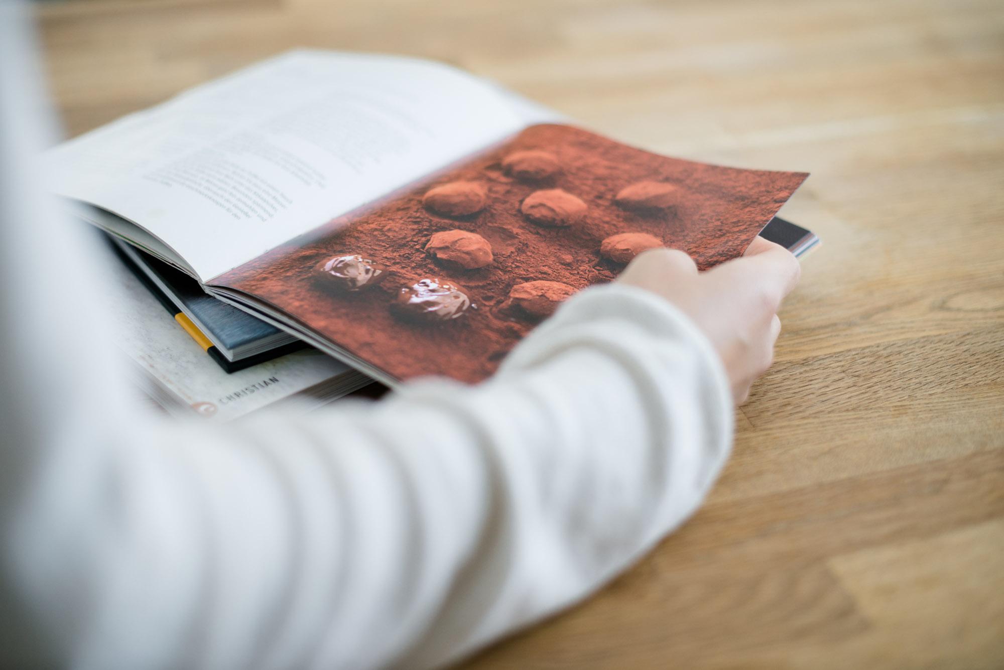 2017 08 pralinen und konfekt pralinen selber machen karin ebelsberger vom hobby zum chocolatier. Black Bedroom Furniture Sets. Home Design Ideas